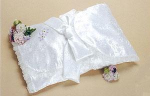 純白の旅立ち衣装